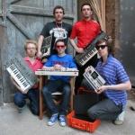 В петербургском клубе А2 выступят хедлайнеры Ahmad Tea Music Festival '2013 – группа Hot Chip