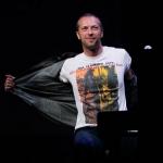 Фронтмен Coldplay купил дом напротив дома своей бывшей жены Гвинет Пэлтроу