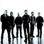 Linkin Park отменили концертный тур по США из-за травмы Честера Беннингтона