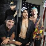 Red Hot Chili Peppers работают над новым альбомом с продюсером Radiohead