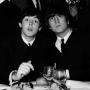 Плакат, нарисованный Джоном Ленноном и Полом МакКартни, продан за 100 000 фунтов