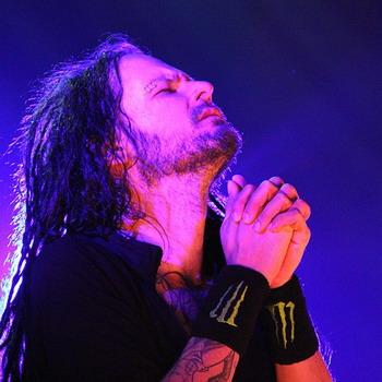 Фронтмен Korn записывает альбом в стиле кантри