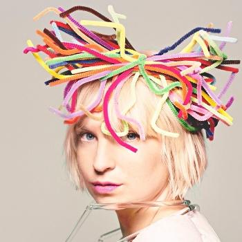 Певица Sia впервые выступит в Москве