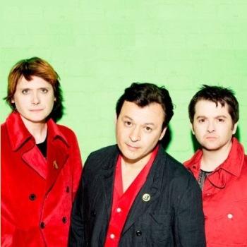 Manic Street Preachers записывают песни для нового мюзикла