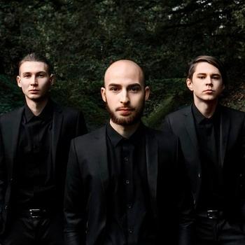 I Am Waiting For You Last Summer выступят в Санкт-Петербурге в рамках гастрольного тура в честь пятого дня рождения группы
